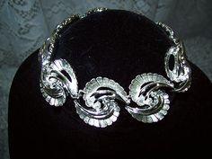 Vintage Estate Jewelry Mad Men Swirled Unusual Silvertone Bracelet Eames Era