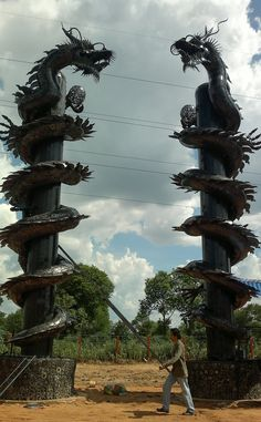 chinese dragon pillar statue life size scrap metal art for sale