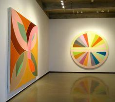 Frank Stella, L: Flin Flon 1970, R: Sinjerli III, 1967
