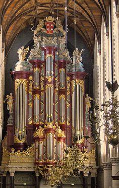 File:Sint bavo haarlem orgel front 1010116.jpg