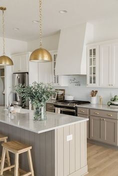 Kitchen Room Design, Kitchen Redo, Home Decor Kitchen, Interior Design Kitchen, New Kitchen, Home Kitchens, Kitchen Ideas, Modern Kitchen Design, Kitchen With An Island