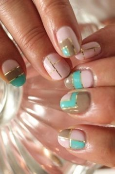 color-blocking nails