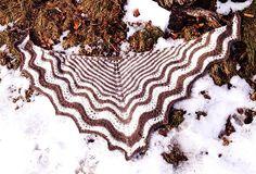 Ravelry: Esperanza Shawl pattern by Clara Beauty, free pattern in fingering or worsted