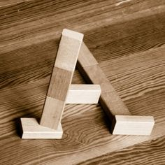 Optical Illusion Alphabet - http://www.moillusions.com/optical-illusion-alphabet/