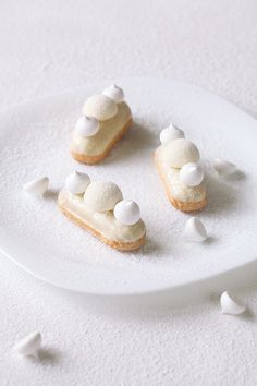 sweetoothgirl: Coconut Eclairs - February 07 2019 at - Foods and Inspiration - Yummy Sweet Meals - Comfort Foods Recipe Ideas - And Kitchen Motivation - Delicious Cakes - Food Addiction Pictures - Decadent Lifestyle Choices Eclairs, Coco, Beautiful Desserts, Bakery Recipes, Strawberry Shortcake, Sweet Bread, Plated Desserts, Yummy Cakes, Sweet Tooth