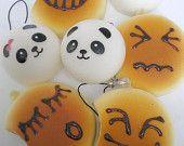 Articoli simili a Kawaii carino Squishy portachiavi cellulare fascino - dolce Panda o carino BreadBun amico su Etsy