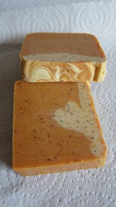 Soap with fresh apricot fruit and apricot kernel oil, handmade cold process soap from Seifenkoenigin.