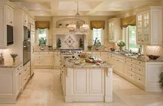 16 Stunning Traditional Kitchen Designs - Page 2 of 2 - Insider Digest