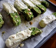 White Chocolate Dipped Matcha Biscotti. A sweet and savory snack for your afternoon tea! #matcha #snack #biscotti