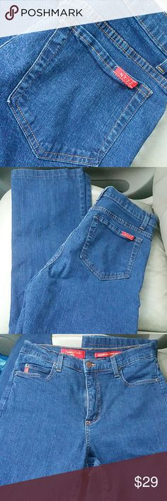 NYDJ Tummy Tuck Jeans Very nice condition. NYDJ Jeans Straight Leg