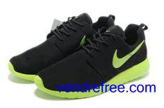 buy cheap 97d1f eaf1f Vendre Pas Cher Chaussures Femme Nike Roshe Run  (couleur vamp,interieur-noir,logo,unique-jaune) en ligne en France.