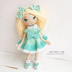 Кукла Алиса Такая нежная и воздушная В бантиках и рюшечках в  Рост 18 см Одежда снимается Глазки вышиты Стоит самостоятельно При маме/ sold out Ваша #olyaka_lab #кукольнаялабораторияоля_ка --------------------------------------- #instaartis #dollartist #куклыручнаяработа#lovecrochet#crochet#weamiguru#вяжукукол#dollmaker#ручнаяработа#принцесса