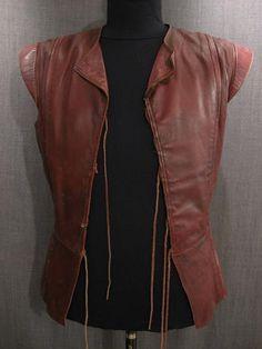 09029020 Doublet Sleeveless cordovan leather C42.JPG