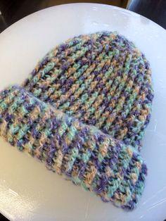 ソーイング:かぎ針編みでニット帽