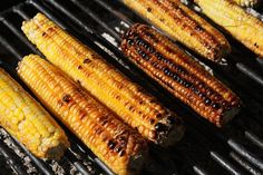 Grilling Corn On the Cob – Easy and Delicious Food Storage Organization, Food Storage Containers, Low Glycemic Diet, Perfect Grill, Long Term Food Storage, Cookout Food, Frugal Meals, Backyard Bbq, Grilling Recipes