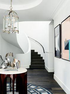 Great Decor by @gregnatale | Australian Designers. Interiors. Modern Living. | #australiandesign #homedecor #modernhomes | More inspiration at: https://www.brabbu.com/en/inspiration-and-ideas/