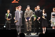 JYJ won the Prime Minister Award from the 2015 Korean Popular Culture and Arts Awards! Cheers for the honorable moment!