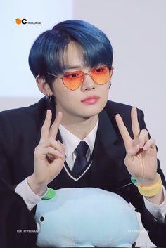yeonjun from txt Fandom, Model Face, K Idols, South Korean Boy Band, Memes, Mini Albums, Boy Groups, In This Moment, Kpop
