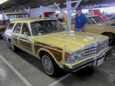 1978 Chrysler LeBaron Town & Country | Flickr - Photo Sharing!