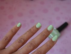 Nykaa Pastel Nail Enamels Hasta La Pista Review and Swatches. A lovely pistachio color to rock Spring-Summer 2016 with!