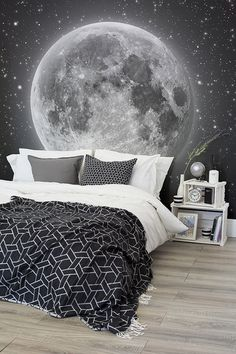 Whats more magical than this space wallpaper mural? This mesmerising view of the moon and countless stars transport your bedroom to dreamy heights. Pair with monochrome bedding for a sophisticated space themed bedroom. - Rooms Inn The House Dream Bedroom, Bedroom Boys, Bedroom Black, Boys Bedroom Wallpaper, Boys Bedroom Themes, Star Bedroom, Magical Bedroom, Monochrome Bedroom, My New Room