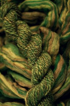 Roving fibers for spinning