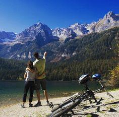 Hi Bikers! Progetti per il weekend? Che ne dite di un bel giro nelle #dolomiti e soggiorno vitale all'@energyhotel? #bikeintrentino