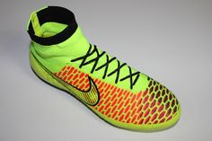 SR4U Black Reflective Soccer Laces on Nike Magista Obra