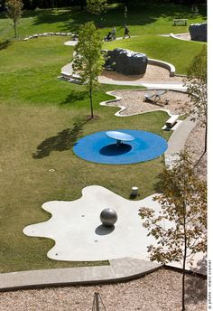 Playground in Mont-Royal Park, Montréal, Canada by Cardinal Hardy Architects… Modern Playground, Park Playground, Playground Design, Outdoor Playground, Children Playground, Water Architecture, Landscape Architecture Design, Modern Landscaping, Outdoor Landscaping