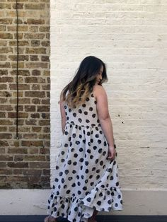 A spotted Eva maxi dress hack - Self Assembly Required Bodice, Sewing Patterns, Hacks, Summer Dresses, Pretty, Fabric, How To Wear, Fashion, Tejido