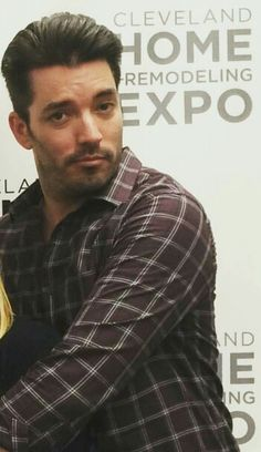 Jonathan.....(**--**) Scott Brothers, Jonathan Scott, Property Brothers, Best Day Ever, My Guy, Handsome, Men Casual, Hummingbirds, Guys
