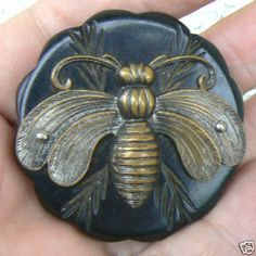 Art Nouveau bee button