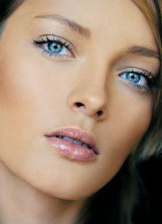 http://fashion881.blogspot.com - Beautiful, natural makeup.