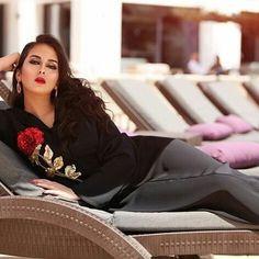125 mentions J'aime, 3 commentaires - @almaghribiya.ma sur Instagram: «Très jolis collection variée avec des très belles tenues ❤❤❤❤ By @njk_luxetpassion…»