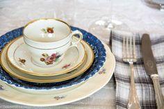 Marine blå vintage mix - Marine blue vintage #borddekking #table setting #wedding #party #selskap #bryllup #konfirmasjon #dåp #kongeligdansk #utleie