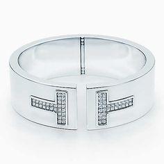 Bracelete Cutout Tiffany T em ouro branco 18k com diamantes.