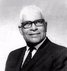 Pedro Flores born (March 1894 – July was one Puerto Rico's best known composers of Ballads and Boleros. Puerto Rican People, Puerto Rican Men, Puerto Rican Cuisine, Puerto Rican Culture, Puerto Rican Music, Puerto Rico Island, Puerto Rico History, Caribbean Art, Latin Music
