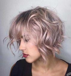 Corto ondulado de peinados