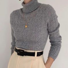 Stunning ash gray turtleneck in pure cashmere. On the dreamiest, cloud -… - vintage outfits Fashion Moda, Look Fashion, Korean Fashion, Winter Fashion, Fashion Outfits, Womens Fashion, Fashion Art, Fashion Shoes, Fall Outfits