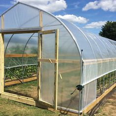 Tips on Planning as well as Building Your Home Greenhouse – Greenhouse Design Ideas Greenhouse Film, Outdoor Greenhouse, Cheap Greenhouse, Greenhouse Effect, Backyard Greenhouse, Greenhouse Plans, Greenhouse Wedding, Underground Greenhouse, Portable Greenhouse