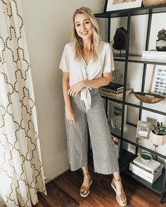 """27cf36202ca Jacy Lenore Overstreet on Instagram  """"Pants that work for the office or  play! I m obsessed with these high-waisted crop flares from  shopmaude!"""