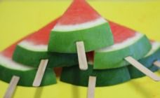 There is nothing more refreshing than big cold chunks of icy watermelon on a hot day so we have made it a little easier and given your watermelon a stick.