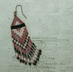 Linda's Crafty Inspirations: Playing with my Beads...Fringe Earrings #30