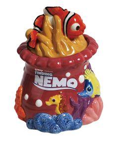 22754 Finding Nemo Cookie Jar Westland Giftware Disney Character mint in box Fish Cookies, Biscuit Cookies, Cute Cookies, Antique Cookie Jars, Ceramic Cookie Jar, Finding Nemo Fish, Cartoon Cookie, Westland Giftware, Disney Cookies