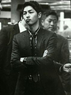 Song Joong ki, Vogue Korea. DIOR HOMME 2016