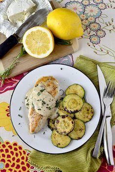 Creamy Chicken and Herb Skillet is a crowd-pleasing, 15 minute chicken dinner recipe!   iowagirleats.com