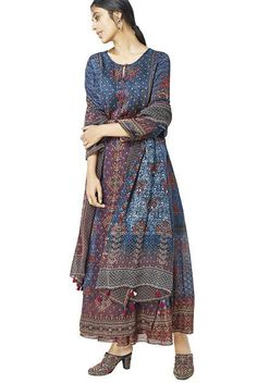 Buy Deep blue printed kurta by Anita Dongre at Aza Fashions Anita Dongre, Pakistani Dresses Casual, Indian Dresses, Ladies Suits, Suits For Women, Dress Ideas, Outfit Ideas, Anarkali, Deep Blue