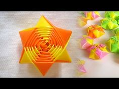 How to make rainbow origami straw stars - Drinking Straw DIY Art Straws Diy Straw Crafts, Plastic Straw Crafts, Diy Crafts How To Make, Rainbow Origami, Origami Fish, Origami Stars, Straw Valentine, Valentine Crafts, Origami Design