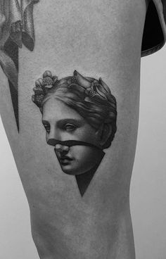 60 Ridiculously Cool Tattoos for Women Cut by Pawel Indulski Black Tattoo Art, Black Tattoos, Body Art Tattoos, Small Tattoos, Sleeve Tattoos, Cool Tattoos, Tatoos, Tattoo Pics, Statue Tattoo