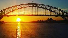 Good Morning Sydney!  #sydney #sydneysunrise #sydneyharbour #sydneyharbourbridge #earlybird #fitness #morning #endorphins by thisintoxicatinglife http://ift.tt/1NRMbNv